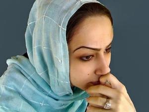 Nazanin Afshin-Jam 300x500_Delara-Darabi