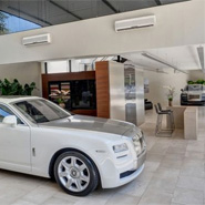 Rolls-Royce-showroom-Brazil-185