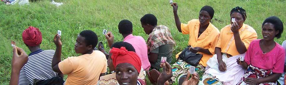 WomenForWomen_RwandaWomen_914Flickr