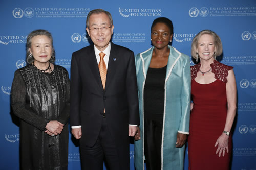 Global_Leadership__sg_amos