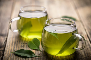 Green tea ingredient in hyaluronic acid serum