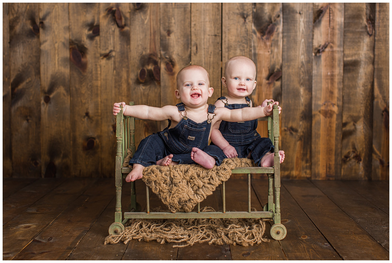 Algona, Iowa baby photographer | Twin baby photo | CB Studio