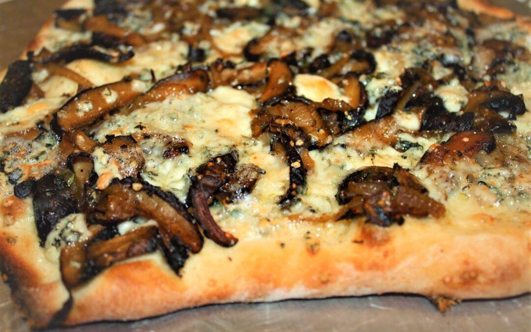 MUSHROOM FLAT BREAD PIZZA