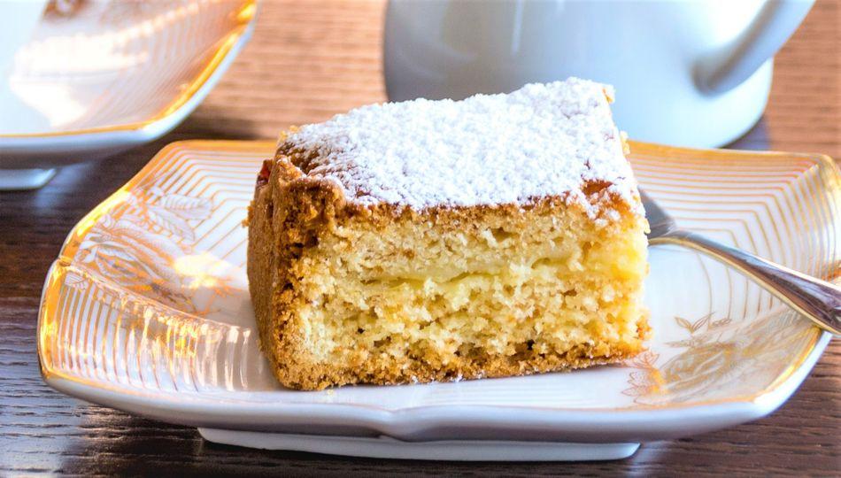 ELDERFLOWER-LEMON OLIVE OIL CAKE
