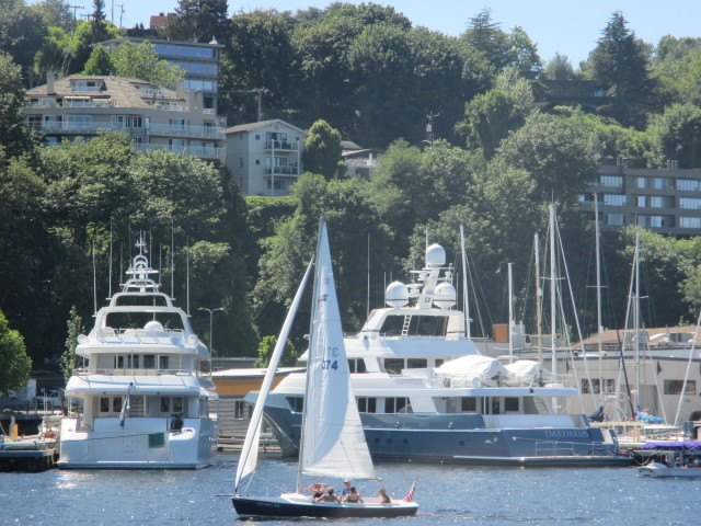 Nautical Landing Marina, Seattle Superyacht Moorage on Lake Union, WA - Mega Yachts, Luxury, Repair Shops, Restaurants, Art & Culture in the PNW for Superyachts!