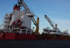 Yacht Transport - Salty Dog Boating News, Ballard, Seattle
