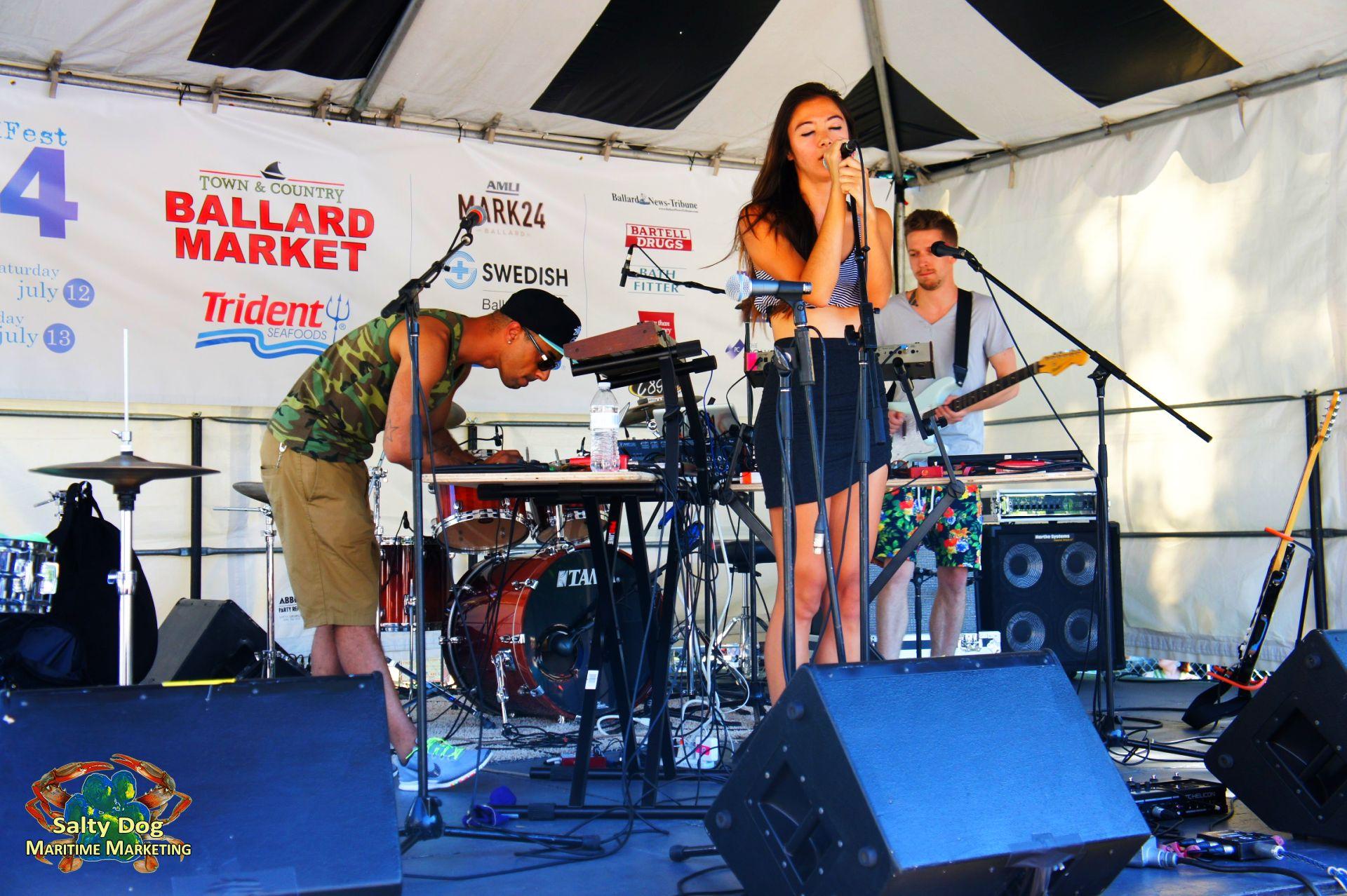 Ballard Seafood Fest 2019, Salmon BBQ, Deadliest Catch Crab
