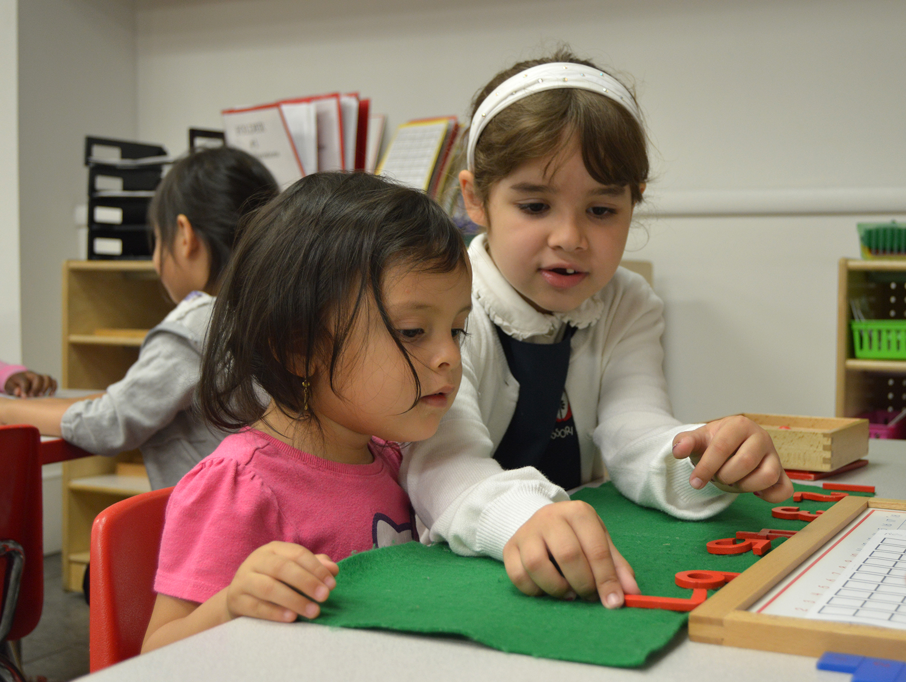 apple montessori