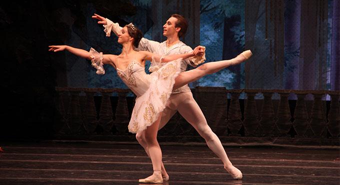 Moscow-Festival-Ballet-sl2