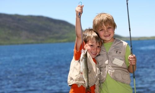 4231_6051_Black_Hills_Kids_Fishing_md