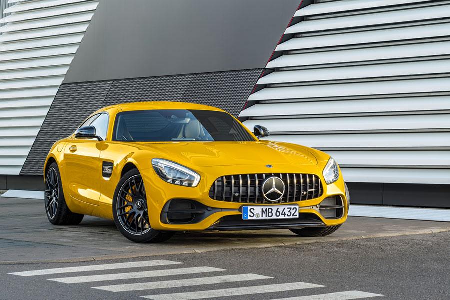2018 Mercedes AMG GT S Coupe Sneak Peek