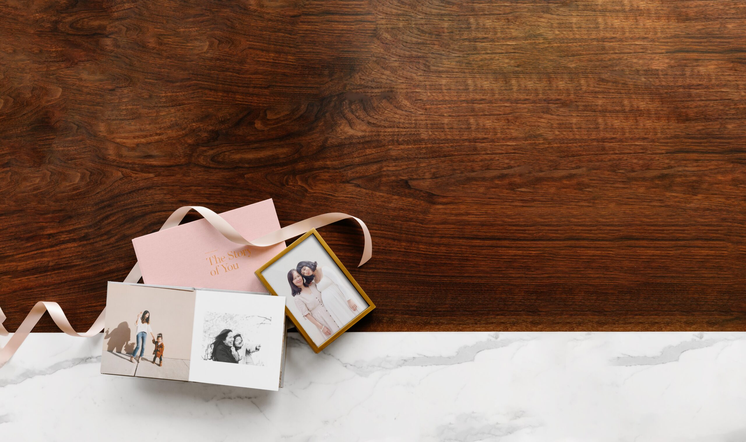 20190321-mothers-day-lifestyle-baby-book-everyday-brass-tabletop-31