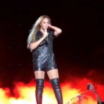 Beyonce – Performs Ex-Factor By Lauryn Hill  (Cover).