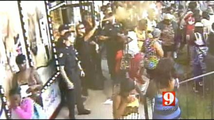 Police pepper spraying women who just wanted cheap hair WeaveUnbeweavable