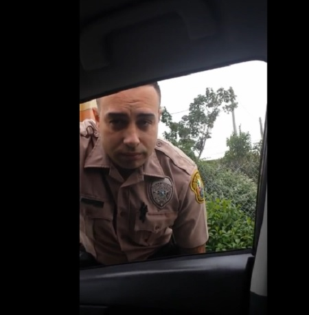 WTF Miami Female Driver pulls a cop over for speeding