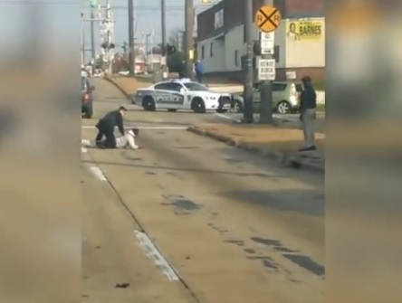 ohio-man-fights-police-officer-then-steals-patrol-car
