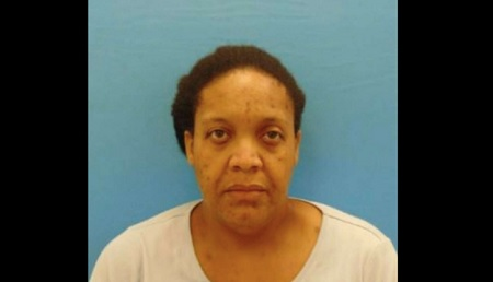 Woman lived in home for 3 years with mother's decomposing body.