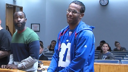 NY Giants Fan Arrested For Threatening To Shoot Up New England Patriots Stadium.