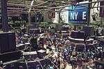 Stocks Fall Amid Coronavirus Fears