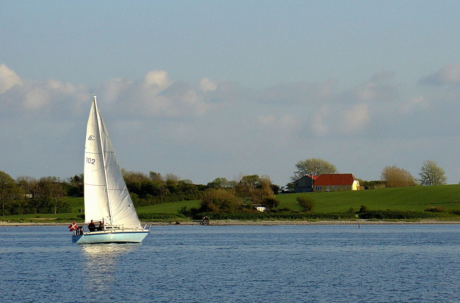 Moraine Sailing Club Hosting Meeting Saturday
