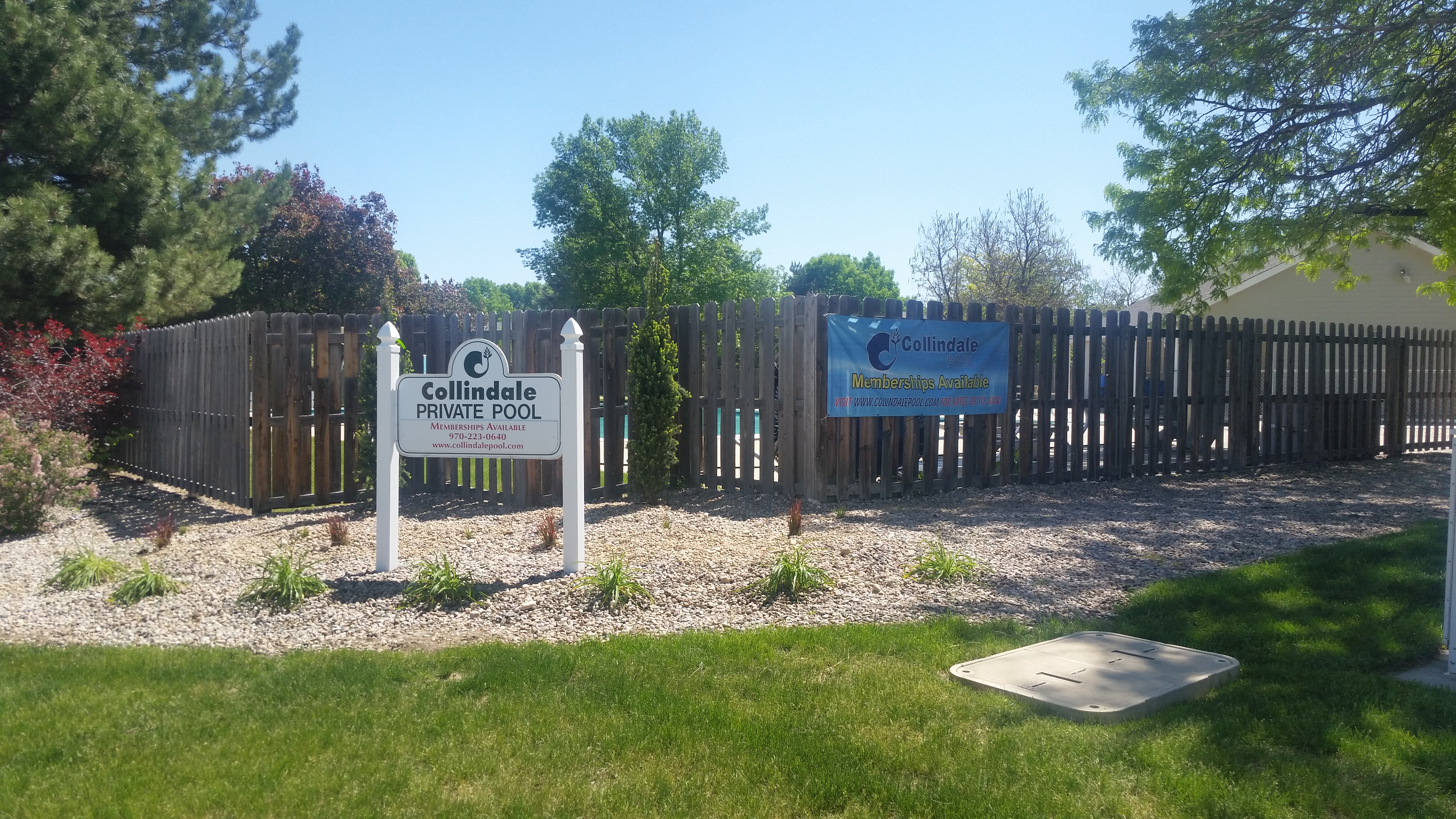 Collindale pool sign