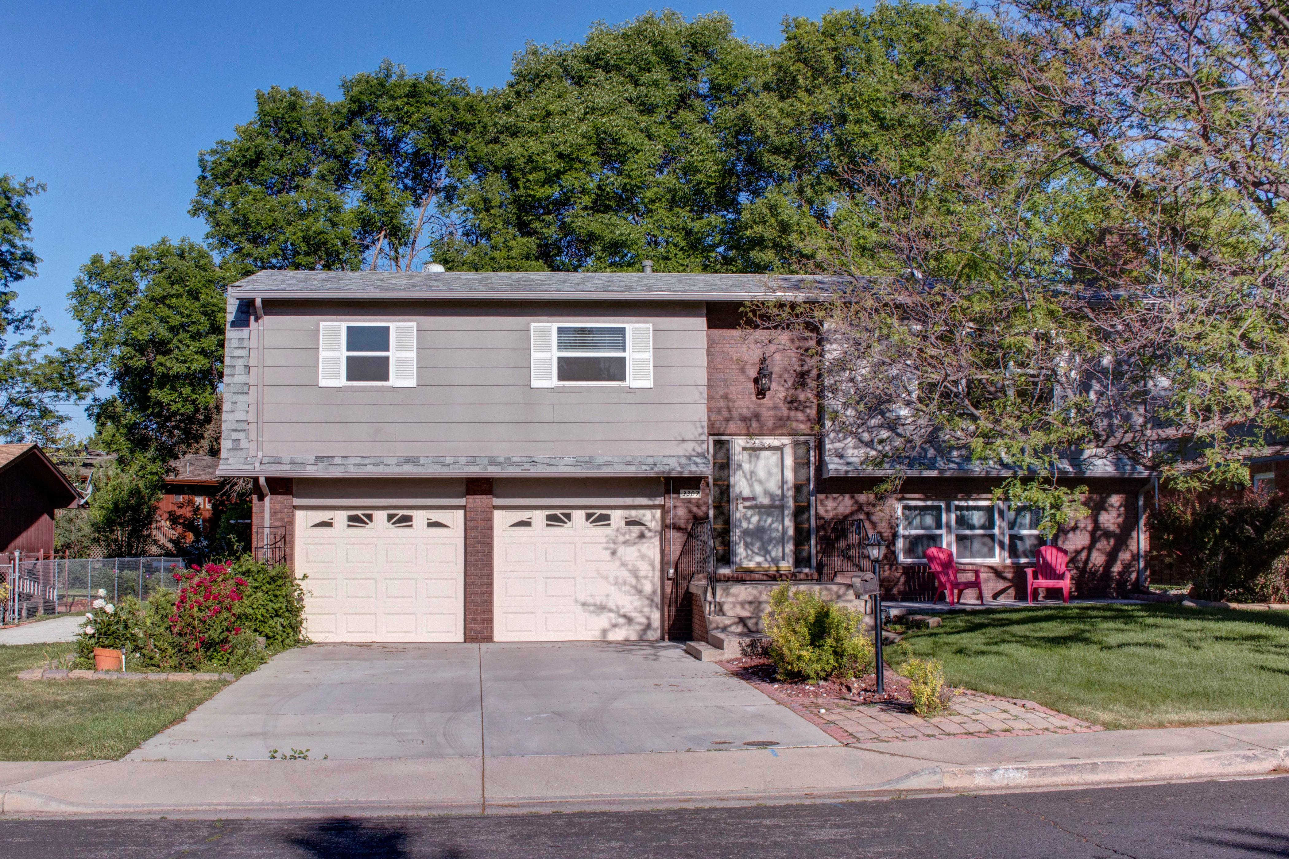 3307 Chestnut Ave Loveland CO-print-002-9-Front of House-4200×2801-300dpi