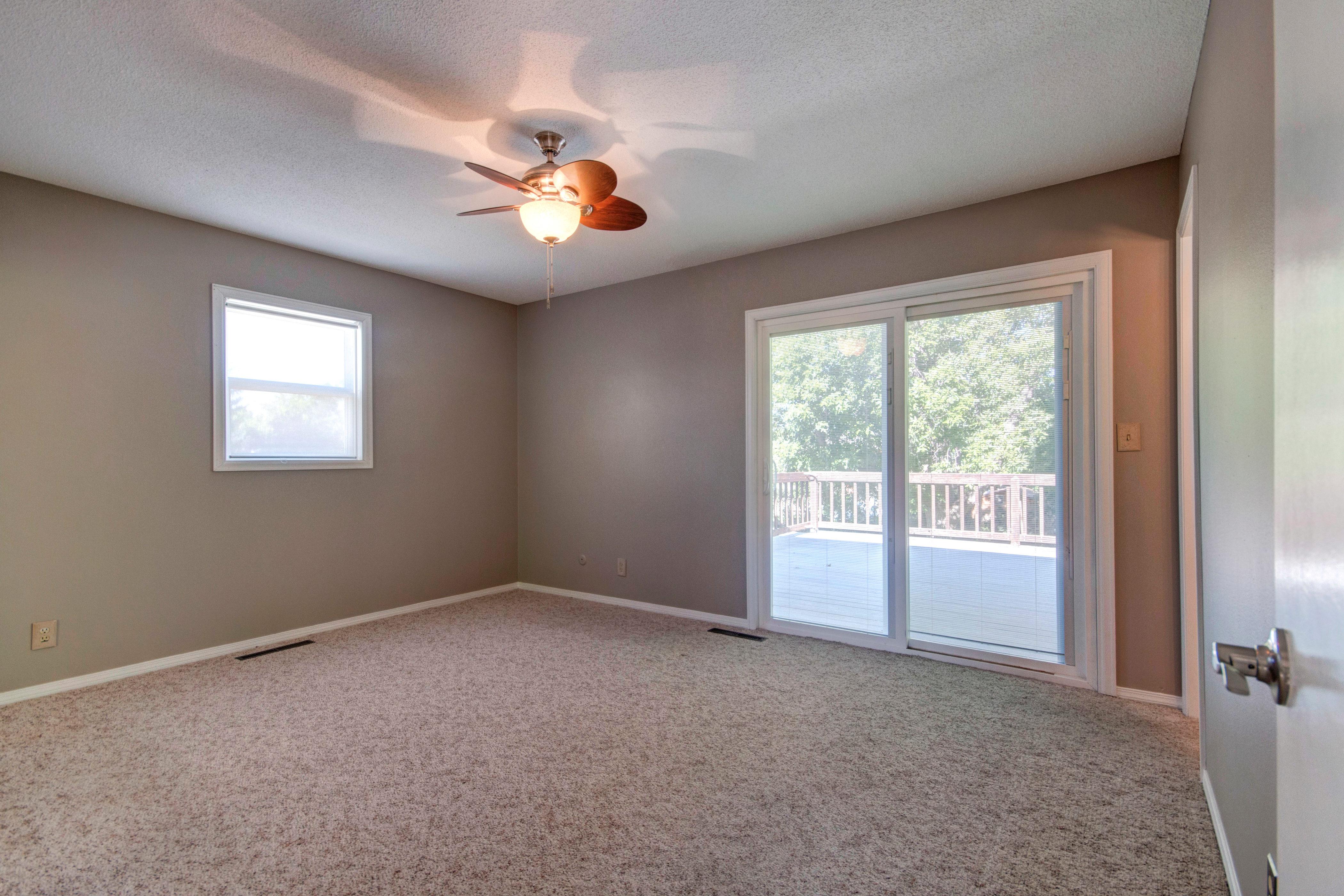 3307 Chestnut Ave Loveland CO-print-011-29-Master Bedroom-4200×2800-300dpi