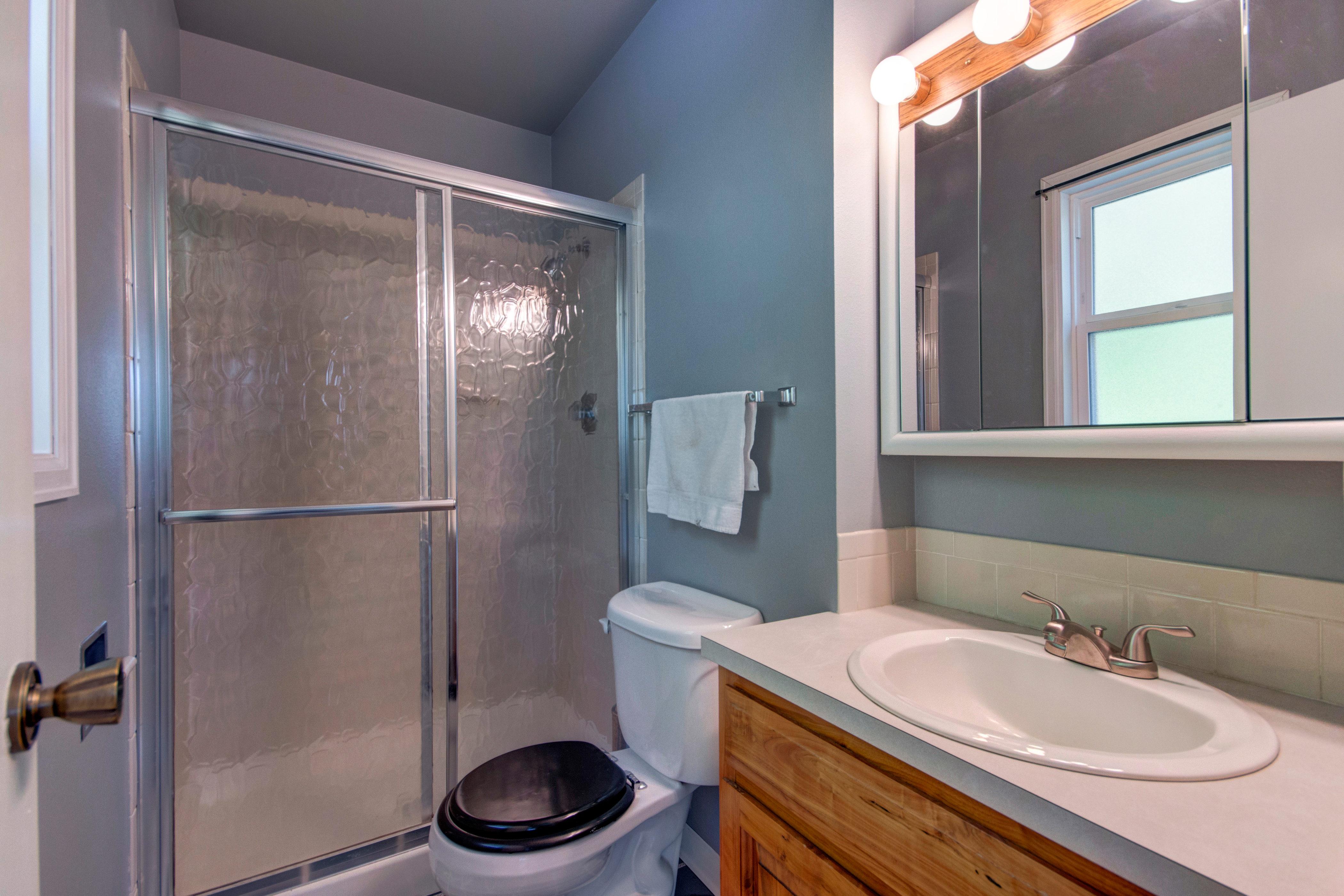3307 Chestnut Ave Loveland CO-print-014-35-Master Bathroom-4200×2800-300dpi