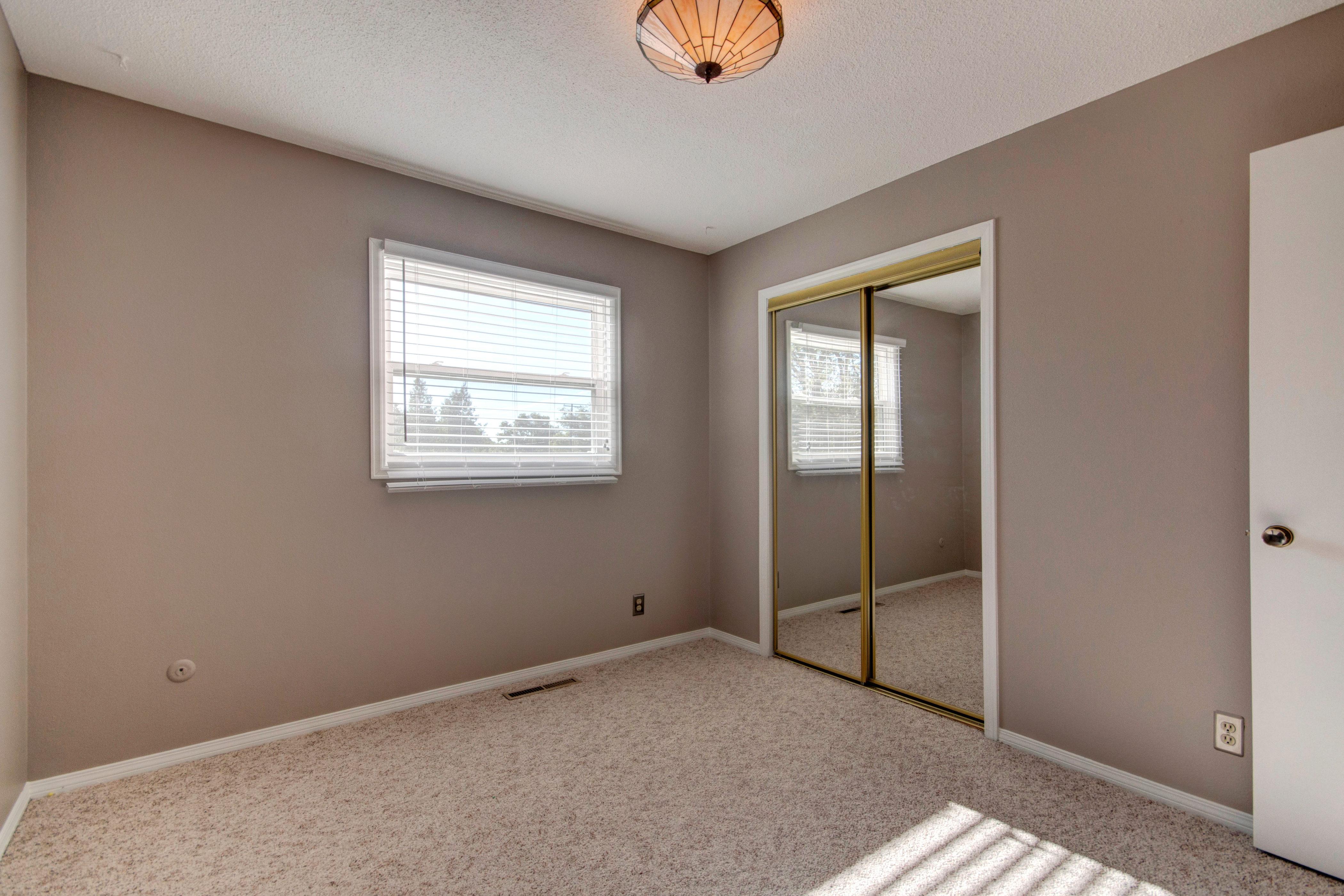 3307 Chestnut Ave Loveland CO-print-018-11-Bedroom1-4200×2800-300dpi