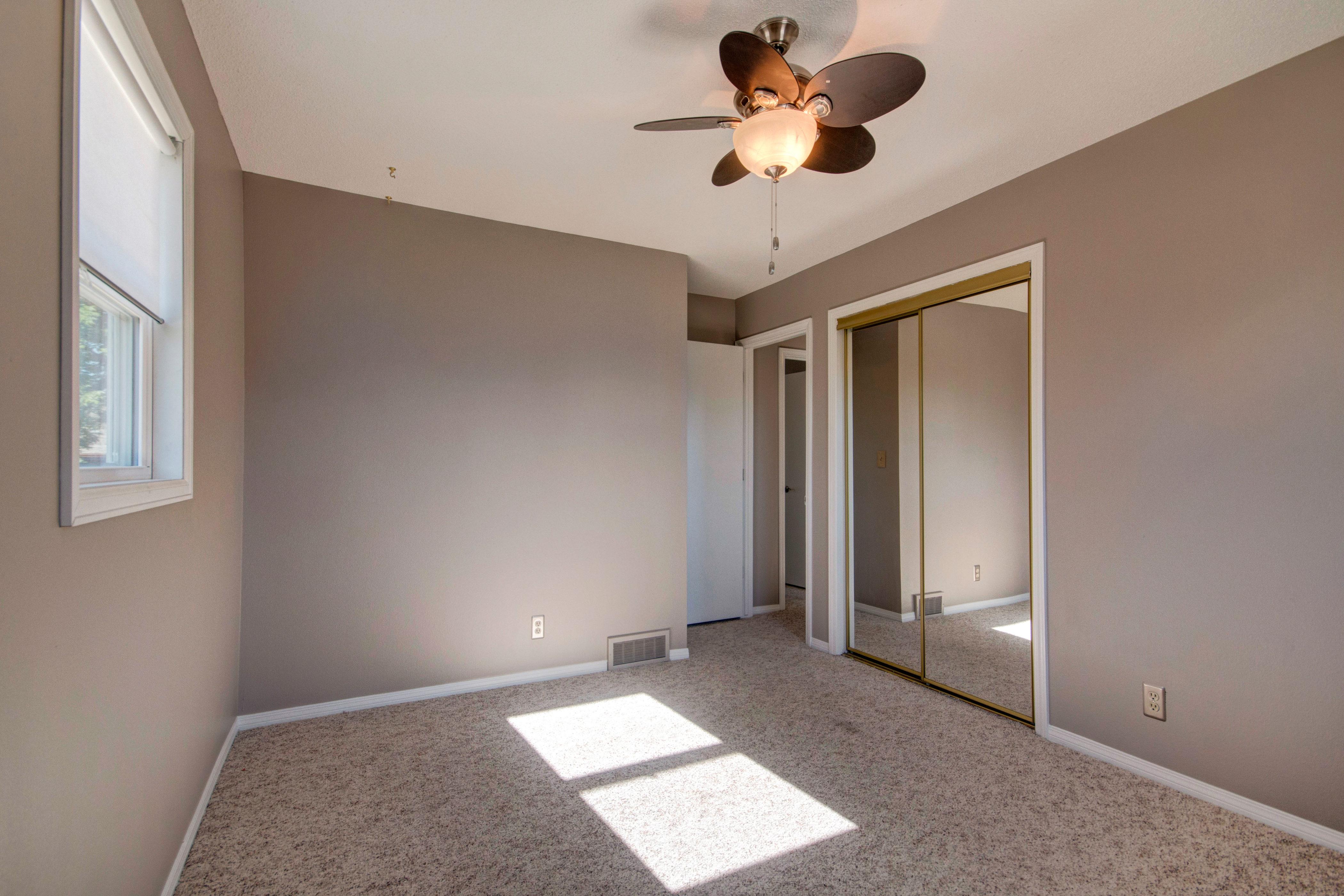 3307 Chestnut Ave Loveland CO-print-020-22-Bedroom2-4200×2800-300dpi
