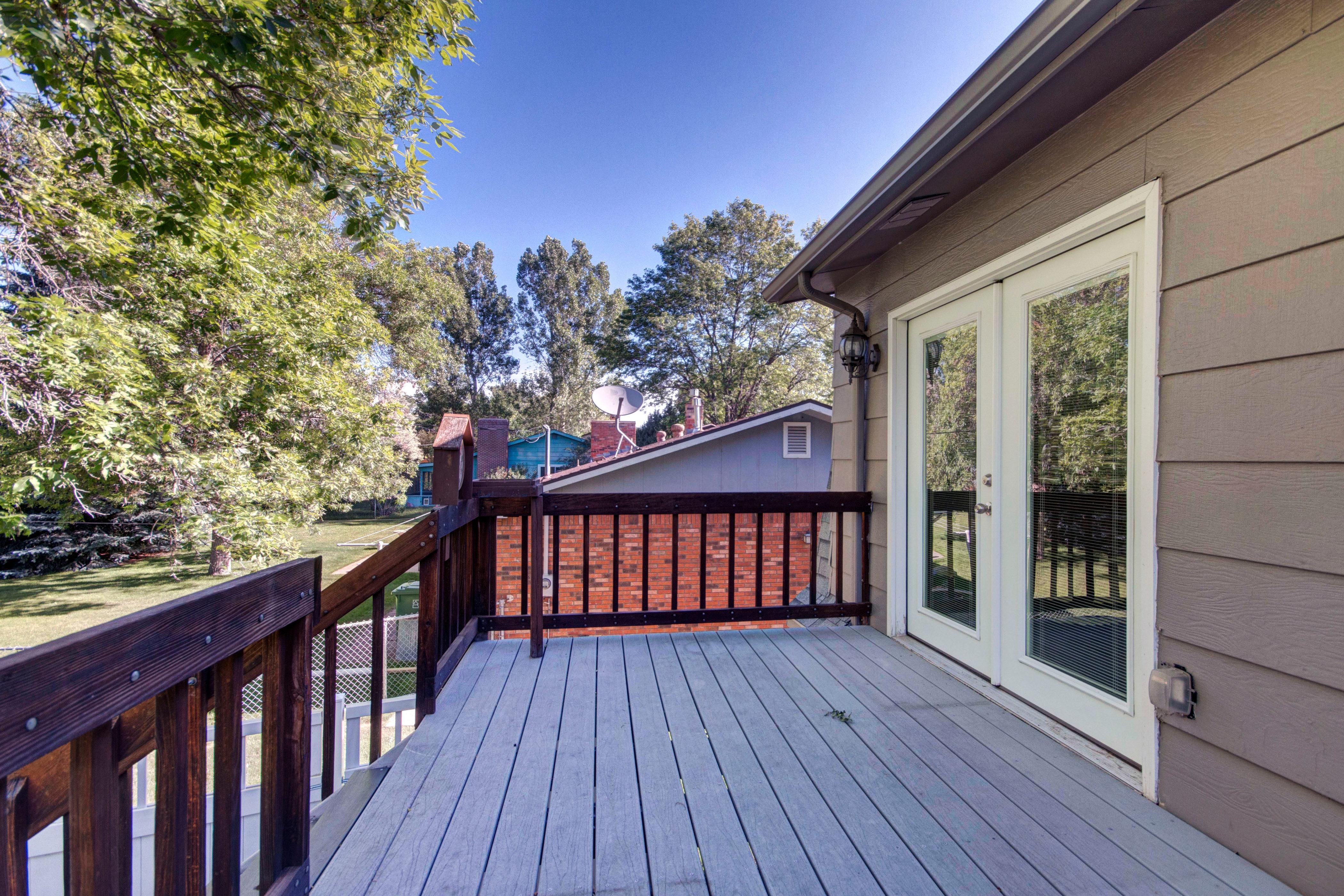 3307 Chestnut Ave Loveland CO-print-029-23-Deck-4200×2800-300dpi