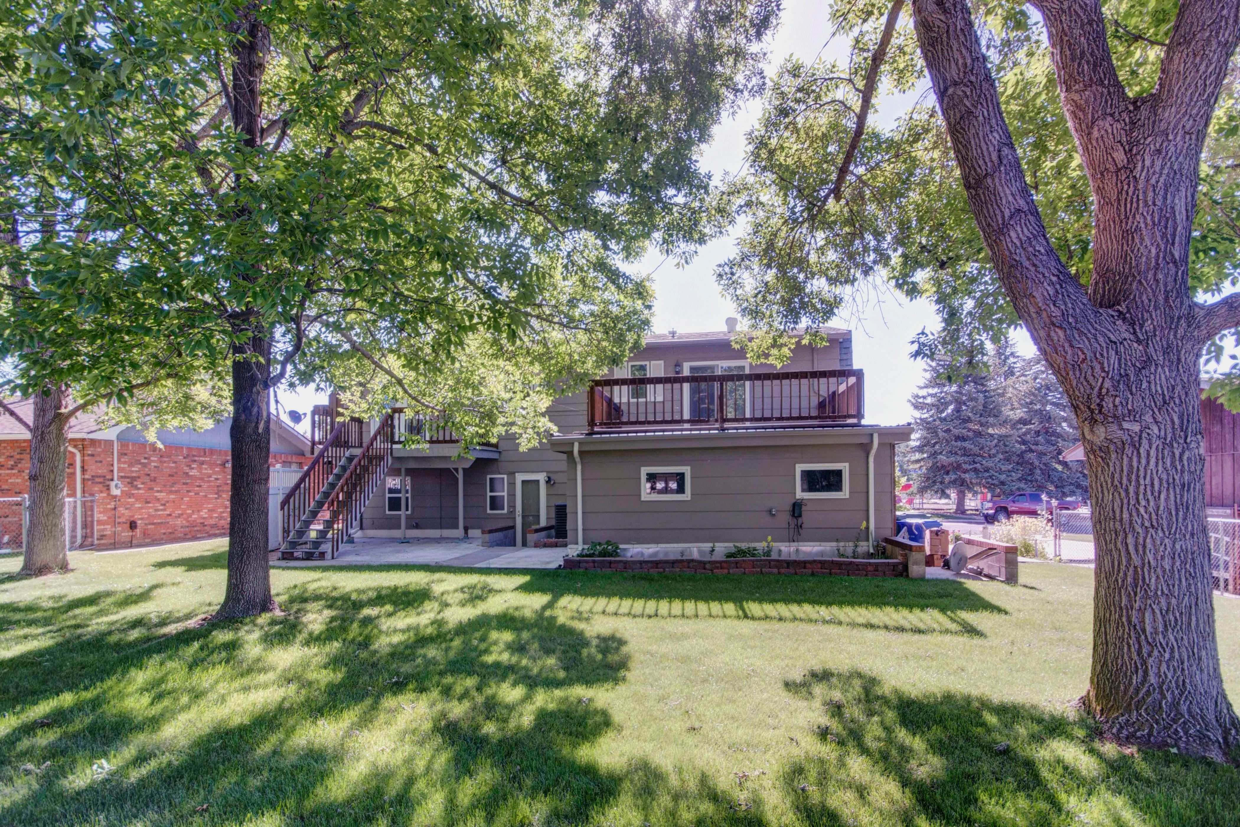 3307 Chestnut Ave Loveland CO-print-033-14-Back of House-4200×2800-300dpi