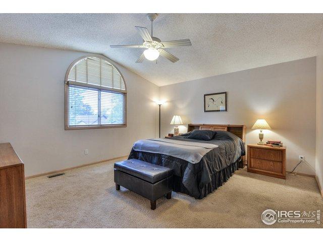 18-1106 White Oak Ct