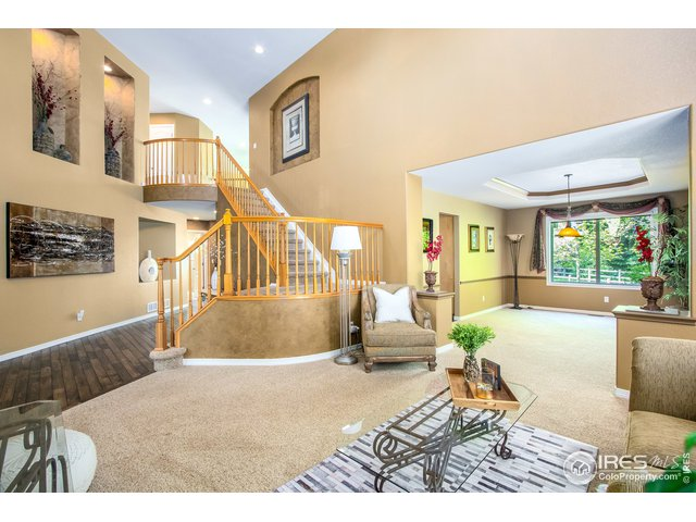 17-5711 White Willow Drive