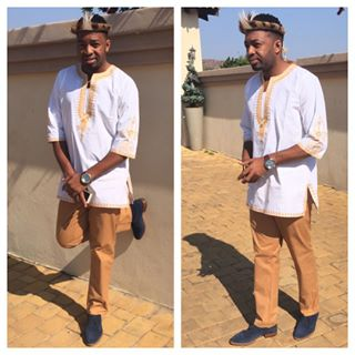 Photo of Itumeleng Khune and his traditional dress