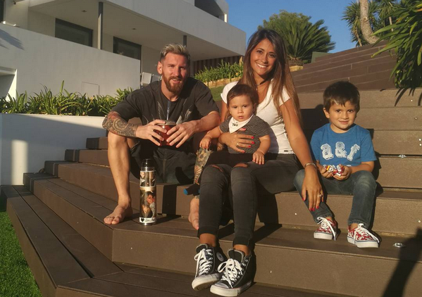 Photo of Checkout Photos Of Lionel Messi With His Adorable Family