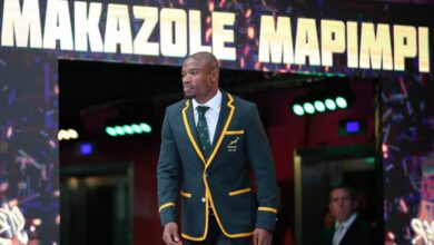 Photo of Woman Only Responds To Springboks Heartthrob Mapimpi After 4 years