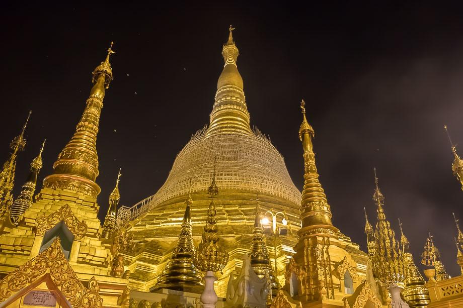 Shwedagon pagoda Yangon