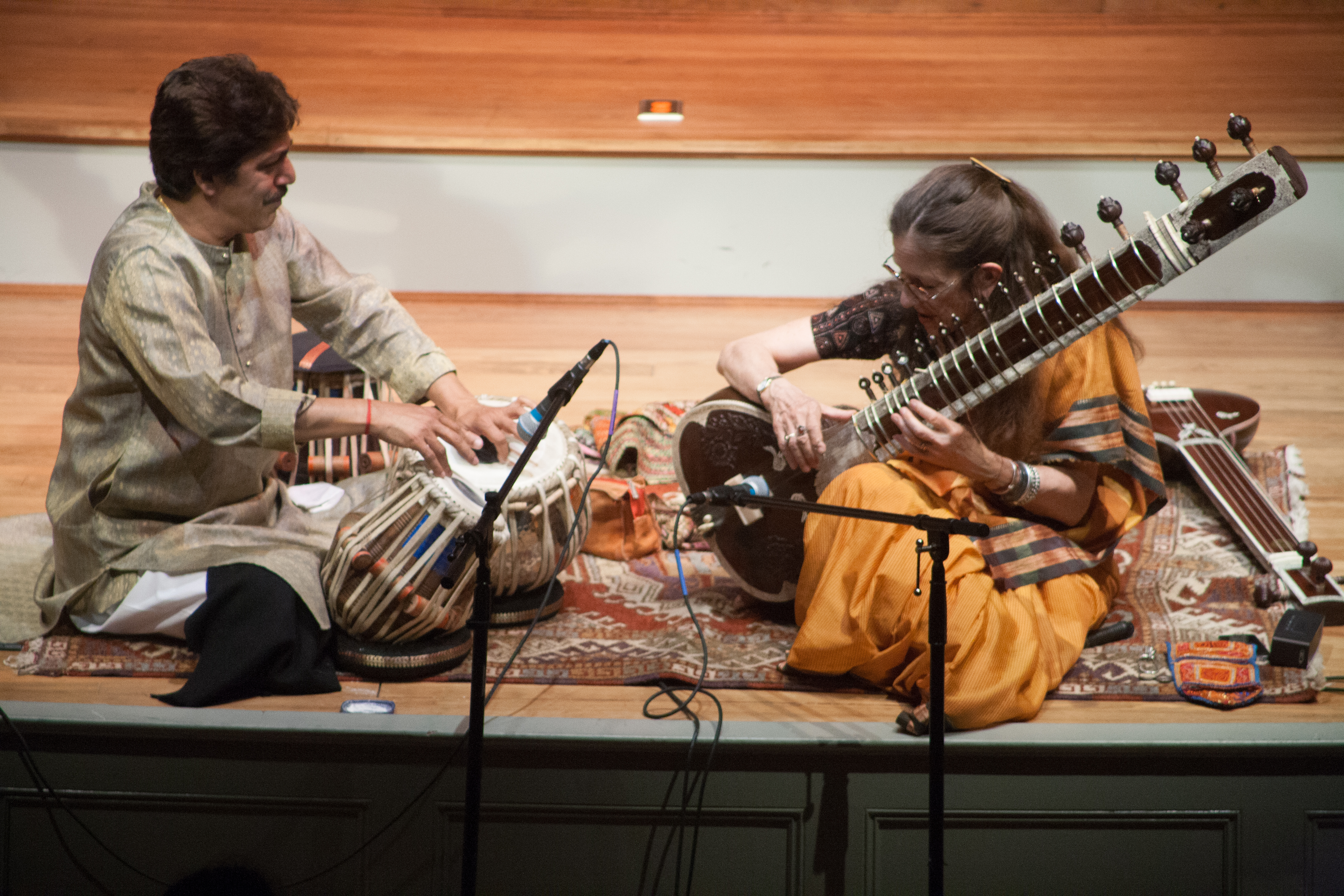 Amie & Shantilal during Maihar Melodies
