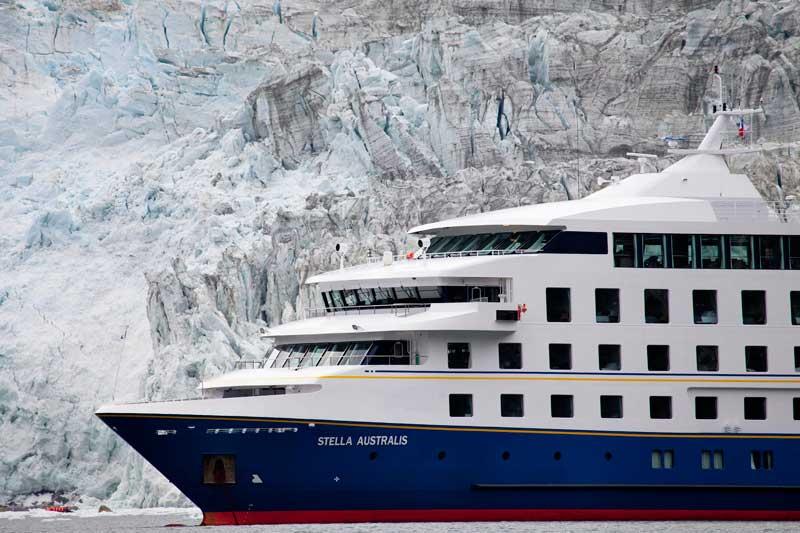 Australis-cruises,-Ushuaia