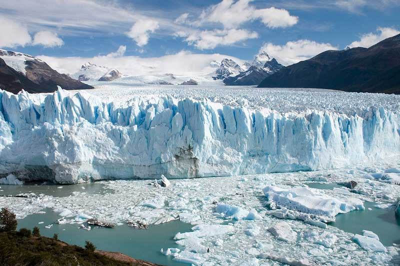 Perito-Moreno-Glacier,-El-Calafate,-Argentina