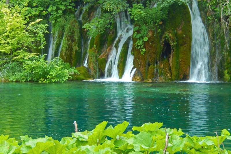 plitvice-lakes-1235224