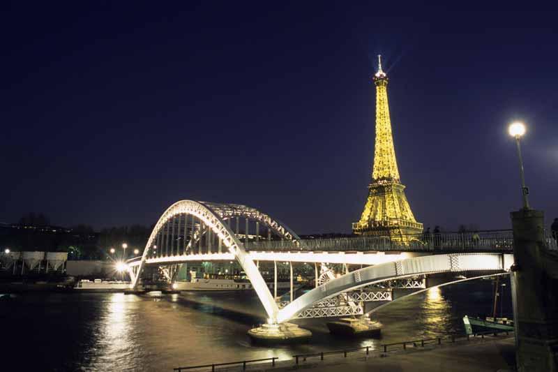 Night-Bridge-Tower