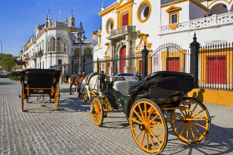 Sevilla_carruajes_Maestranza_