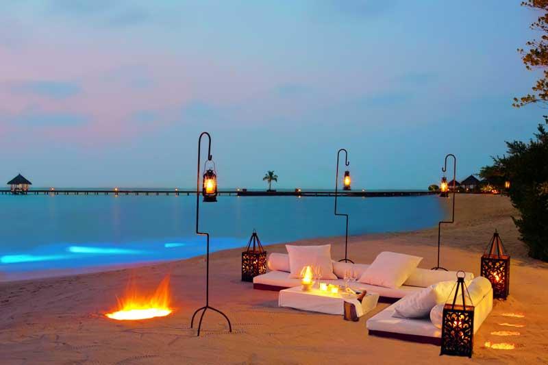Maldives-outdoor-sunset