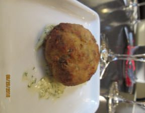 crab cakes paired with Chardonnay