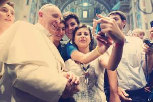 selfie pope francis