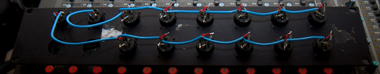 DIY – 16×2 – Passive Analog Summing Panel.