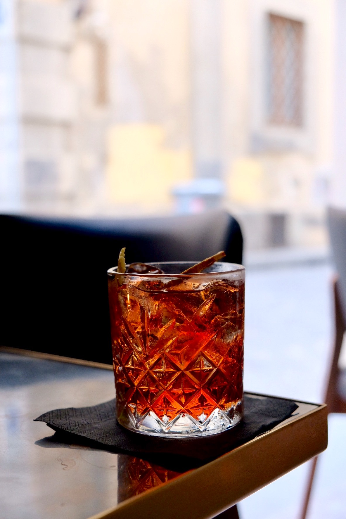 Where To Get A Drink In Florence - Girl in Florence
