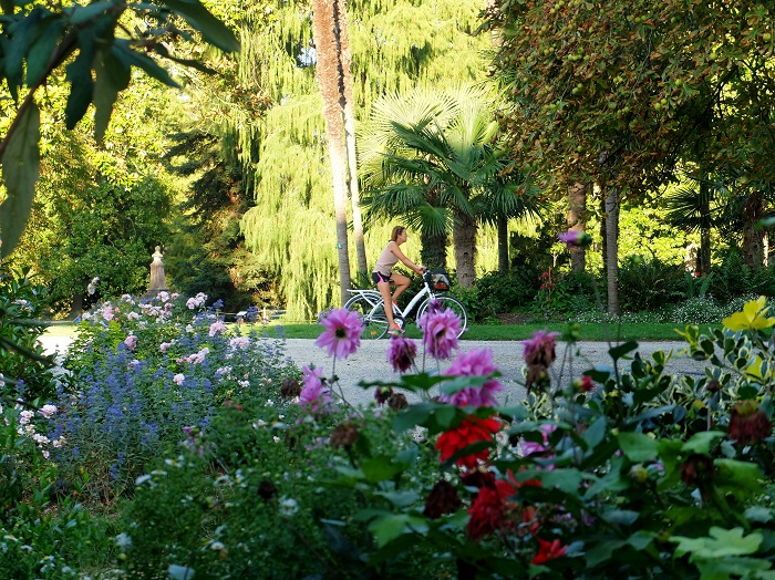 Bordeaux Public Garden | Girl in Florence Blog @girlinflorence